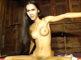 Bee From Thailand leaks Pure Sensuality
